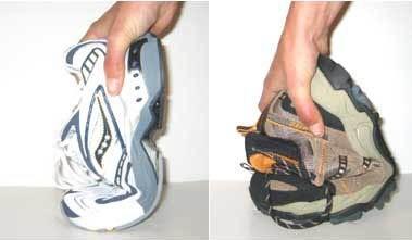 A gauche chaussure avec un bon maintien, sur la photo de droite chaussure beaucoup trop souple