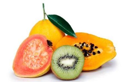 Mangez des fruits riche en vitamine C comme le kiwi, les oranges, la papaye